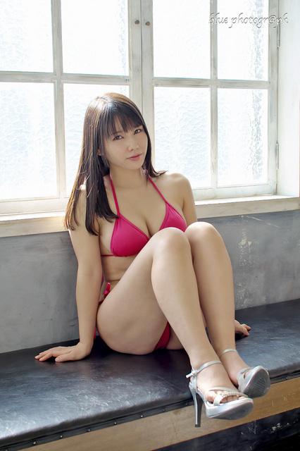 EM5II新垣優香027.jpg